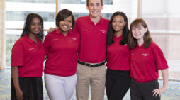 Enrollment open: Bank of America Student Leaders program helps high school juniors, seniors prepare for future, strenghten community