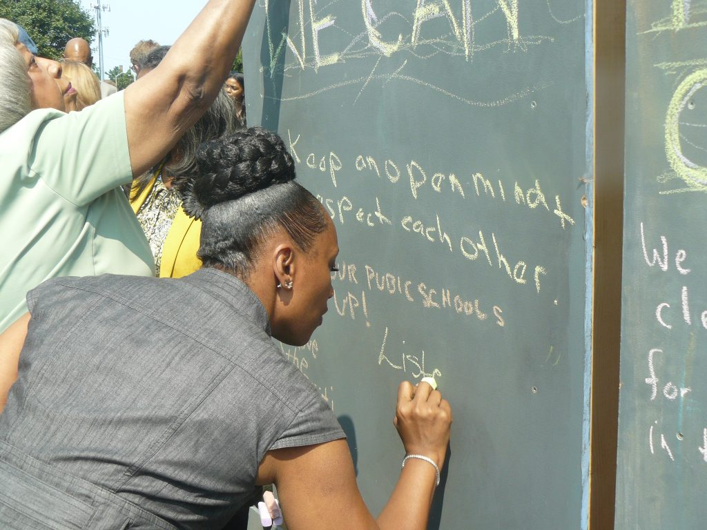Guests at the Kresge Innovative Projects Detroit kick-off announcement write their hopes for what Live6 will accomplish