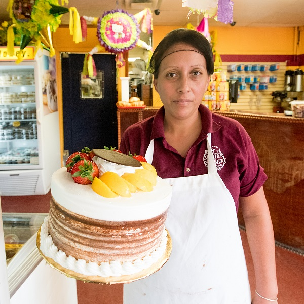 Sweet Shop! Sheila's Bakery draws loyal patrons to Southwest Detroit By Charnae Sanders