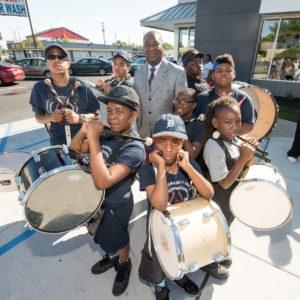 Local luminaries celebrate remodeling of several Mcdonalds stores in Detroit.