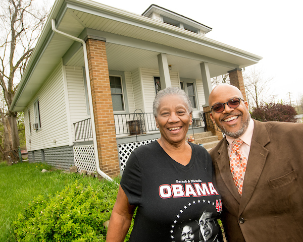 Lending a Neighborly Hand: LISC program helps repair homeowner blues
