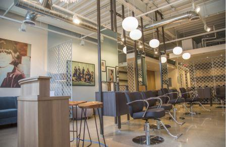 Salon owner incorporates automotive model into Detroit hairstyling service