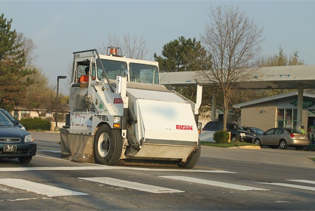 Detroit street sweepers begin cleaning 2,000 miles of residential streets
