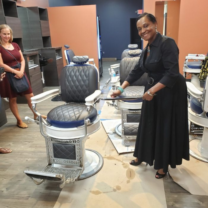 Shears & Shaves Barber and Spa opens on Livernois Avenue of Fashion