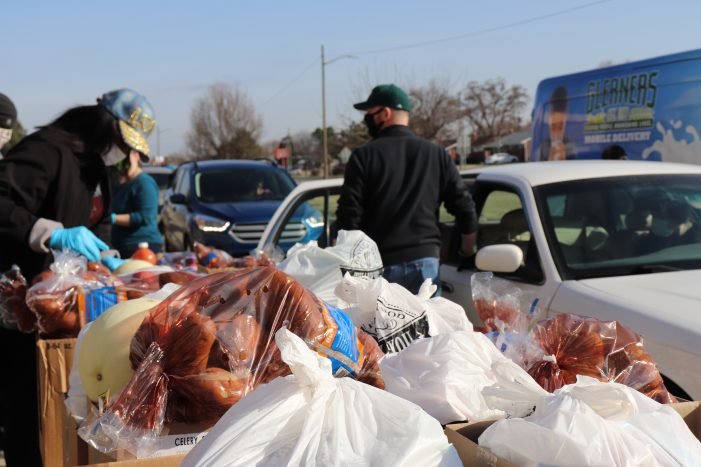 Forgotten Harvest, Gleaners work hand-in-hand to feed those in need during COVID-19